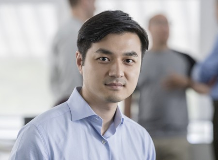 1 –  Yifan Zhang, General Manager China und Member of the Board von Phoenix Design